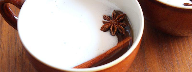なつめラテ 棗(なつめ、ナツメ)のなつめチップ(なつめチップス)はとっても人気。効果・効能は優れており、妊活・更年期・PMS・冷え性に良い 棗(なつめ、ナツメ)のなつめチップスはとても優秀、カリウム・亜鉛・葉酸・鉄分・ポリフェノールがたっぷり