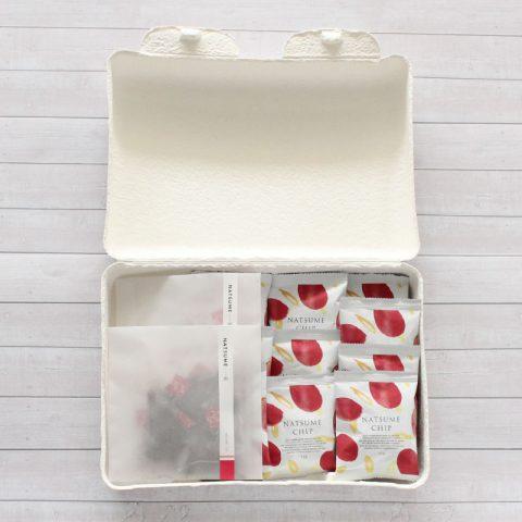 出産ギフト 漢方 棗(なつめ、ナツメ)のなつめチップスはとても優秀、カリウム・亜鉛・葉酸・鉄分・ポリフェノールがたっぷり なつめいろの棗(なつめ、ナツメ)なつめチップ(なつめチップス)はとても優秀、プロリン・ポリフェノールたっぷりでアンチエイジングに良い なつめいろの玄米となつめのグラノーラはとても美味しい。ミネラル・ビタミンB群・たんぱく質・食物繊維がたっぷり、貧血や更年期・PMSに良い。