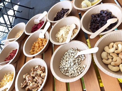 なつめいろの玄米となつめのグラノーラはとても美味しい。ミネラル・ビタミンB群・たんぱく質・食物繊維がたっぷり、貧血や更年期・PMSに良い。