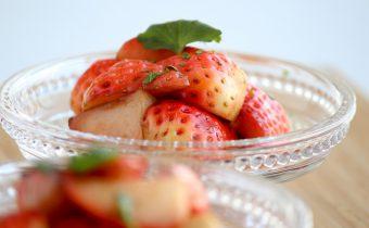 なつめ レシピ「イチゴのバルサミコ酢サラダ」