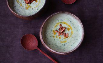 なつめ レシピ「ケールの豆乳スープ」