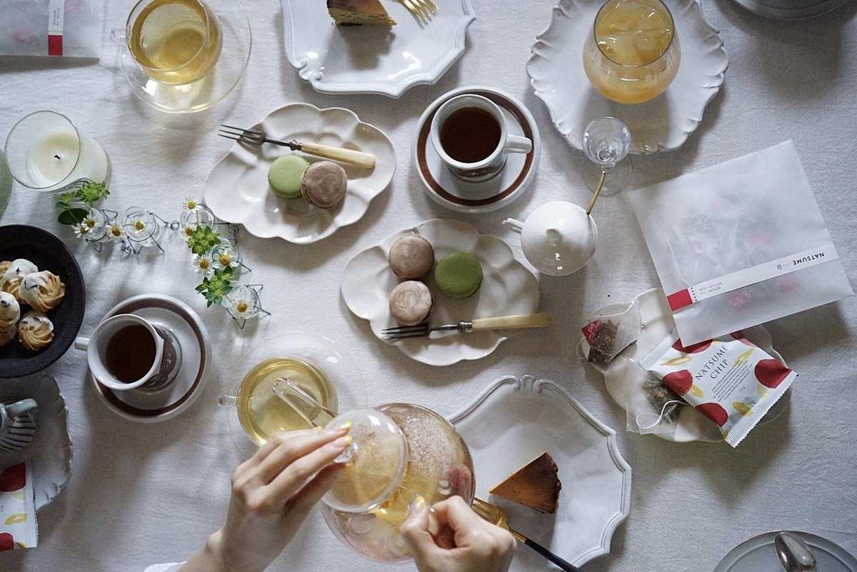 なつめティーとなつめチップで贅沢なお茶の時間を