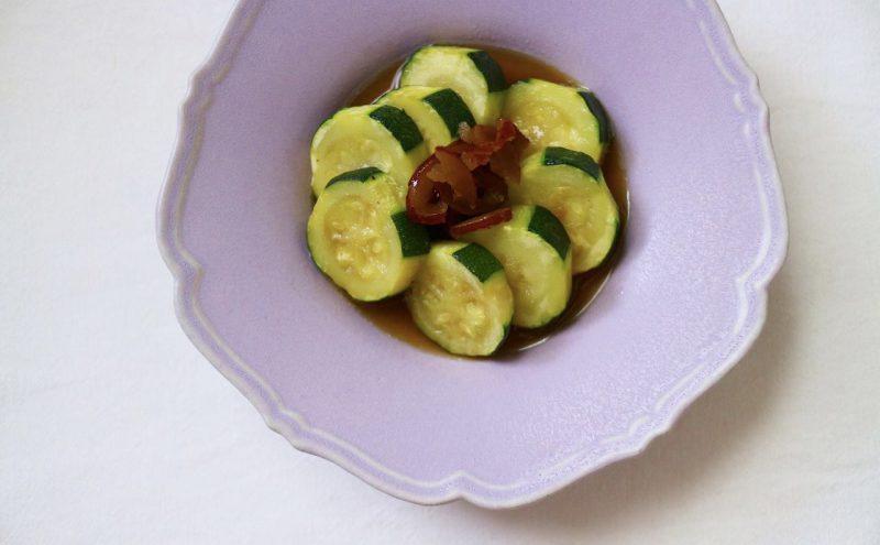 なつめ レシピ「ズッキーニとなつめチップの揚げ浸し」