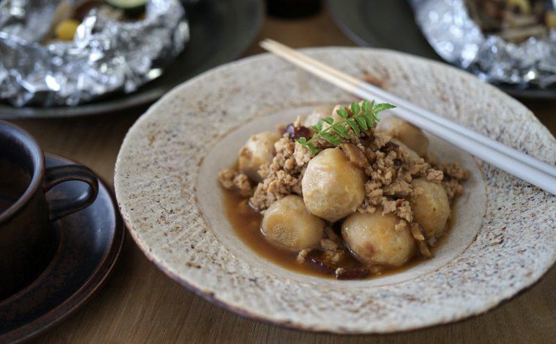 なつめ レシピ  胃腸を整え、消化吸収を高める「里芋の煮っころがし」
