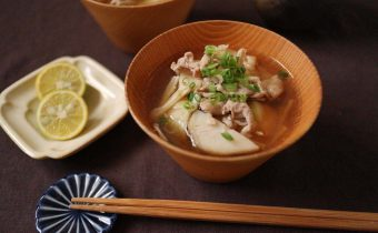 なつめ レシピ「豚肉と里いもの煮汁」