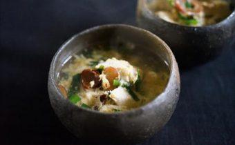 なつめ レシピ「鶏肉とニラの中華スープ」