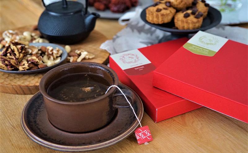 新しいなつめ茶でティータイムを過ごす