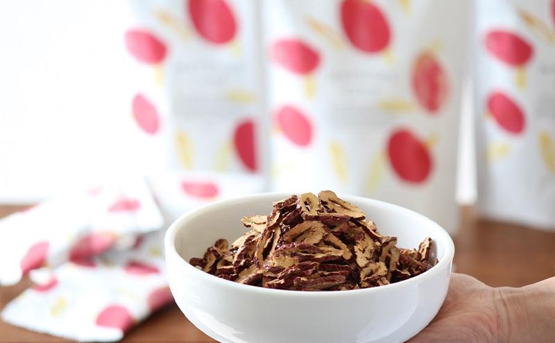 なつめいろの「なつめチップ」鉄分や葉酸、亜鉛にマグネシウムと妊活や妊娠中の栄養補給に最適なドライフルーツです。