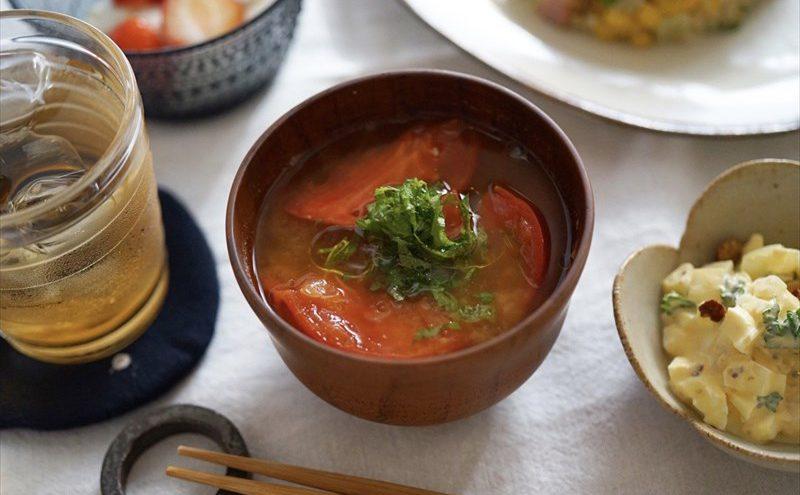 なつめ レシピ 「トマトと大葉のお味噌汁」