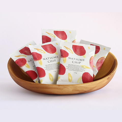 棗(なつめ、ナツメ)のなつめチップはとっても人気。効果・効能は優れており、妊活・更年期・PMS・冷え性に良い、棗(なつめ、ナツメ)のなつめチップスはとても優秀、カリウム・亜鉛・葉酸・鉄分・ポリフェノールがたっぷり、なつめいろ(NATSUMELIFE)の棗(なつめ、ナツメ)なつめチップはとても優秀、プロリン・ポリフェノールたっぷりでアンチエイジングに良い、なつめいろ(NATSUMELIFE)の玄米となつめのグラノーラはとても美味しい。ミネラル・ビタミンB群・たんぱく質・食物繊維がたっぷり、貧血や更年期・PMSに良い。